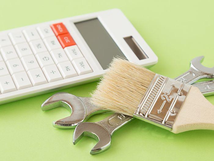 電卓と刷毛